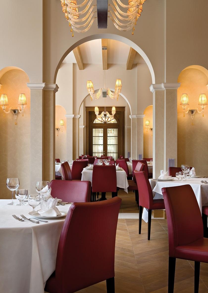 Hotel Schloss Wellness&Family Pontresina_Savur Restaurant
